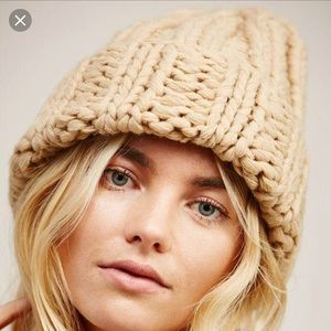 New Free People Chunky Knit Beanie Hat Beige